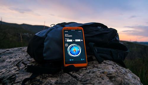 ¿El móvil ha mejorado el senderismo o está matando su esencia?