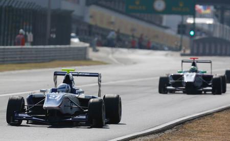 Aaro Vainio y Robert Visoiu vencen en Hungaroring en la despedida antes de vacaciones