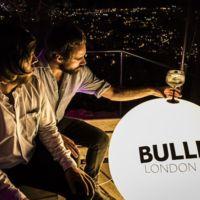 #MisbehaveProperly, la ginebra Bulldog celebra el verano de la mejor manera posible