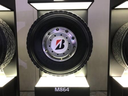 Bridgestone actualiza su gama de llantas para SUV y camiones, estas son sus nuevas ofertas