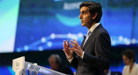 Resultados de Telefónica: más ingresos por servicio, menos deuda y fibra en 22,2 millones de hogares