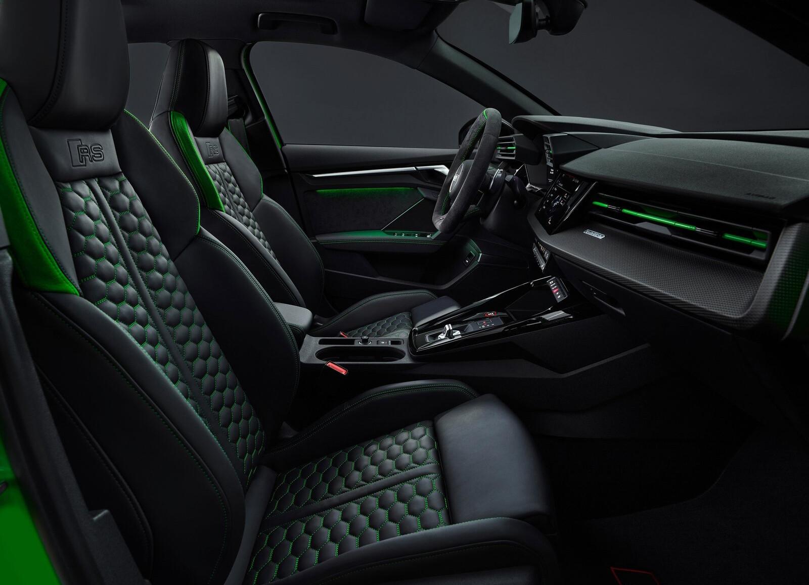 Foto de Audi RS 3 2022 (47/99)