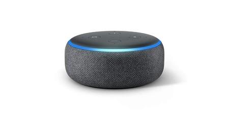 Ahora en Amazon, el Echo Dot está rebajado 20 euros, quedándose en sólo 39,99 euros