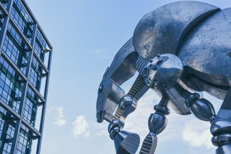 """El """"centauro inverso"""" como concepto para entender los robots: cuando son los humanos quienes ayudan a las máquinas y no al revés"""