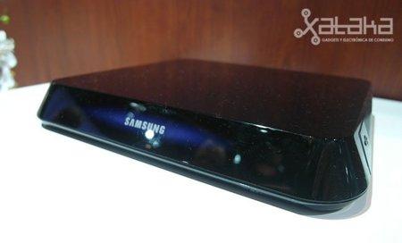 Samsung presenta dos dispositivos Google TV en el CES