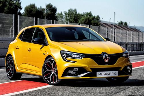 El Renault Mégane R.S. Trophy es una pesadilla de 300 hp para el León Cupra R