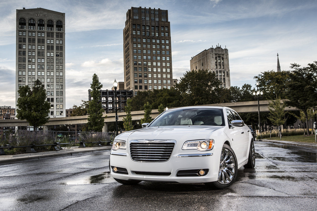 Foto de Chrysler 300C Motown Edition (3/21)
