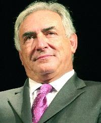 El francés Strauss-Kahn sucederá a Rato al frente del FMI