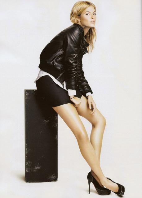 Foto de Twenty8twelve en la revista Vogue Julio (2/4)
