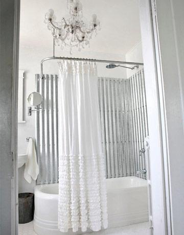 La chapa como revestimiento para el baño