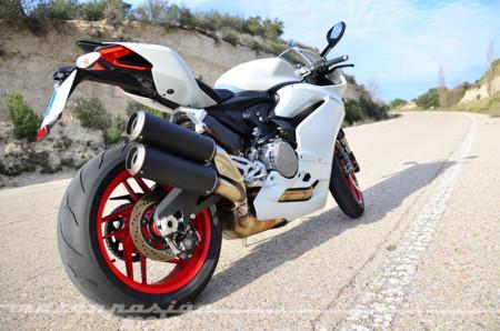 16.890 euros por una preciosa Ducati 959 Panigale blanca, ¿es el precio de la felicidad?
