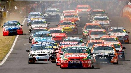 Bernie Ecclestone quiere que las V8 Supercars hagan de teloneros de la Fórmula 1 en Singapur 2011