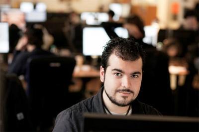 """""""Pronostico un resurgir de la Edad de Oro del videojuego español"""". Entrevista a Enrique Colinet, miembro de Yager"""