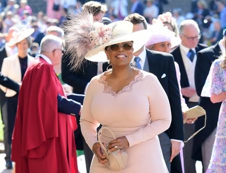Boda del Príncipe Harry y Meghan Markle: Oprah Winfrey enamora en el millennial pink más delicado