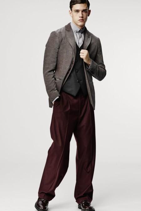 Los pantalones baggy son la prenda clave de la colección de otoño de Giorgio Armani