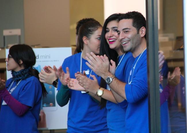 apple store barcelona empleados paseo de gracia lanzamiento ipad mini