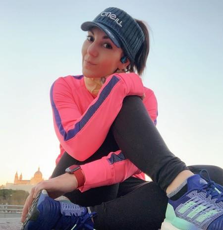 Los gadgets para entrenar de Lady Fitness, directora de Vitónica: auriculares, reloj deportivo, báscula y más