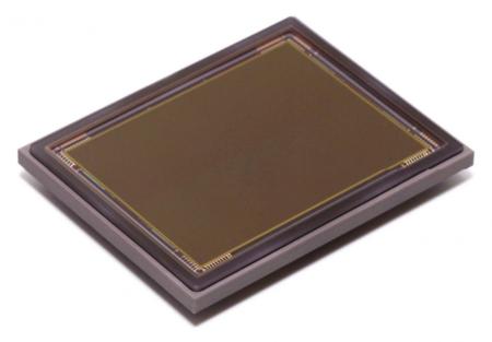 La fabricación de los sensores CCD es compleja, lo que incrementa sensiblemente su precio