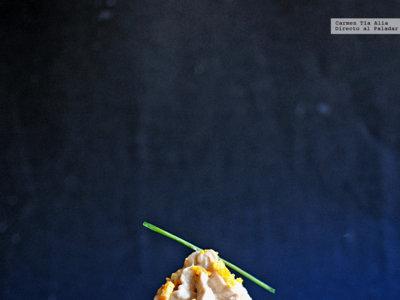 Huevos negros rellenos de atún, surimi y gambas. La receta que dará que hablar entre tus comensales