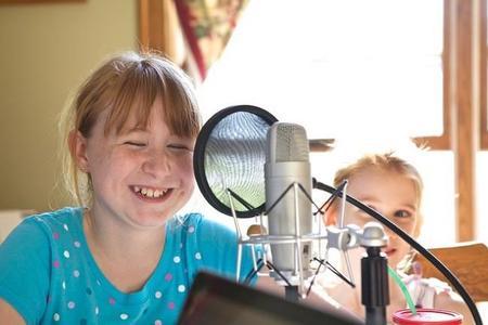 Por qué cuando los niños se graban y se escuchan les suena diferente