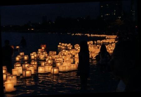 """Obon, el """"Día de los Muertos"""" en Japón y algunas de sus costumbres relacionadas con la muerte"""