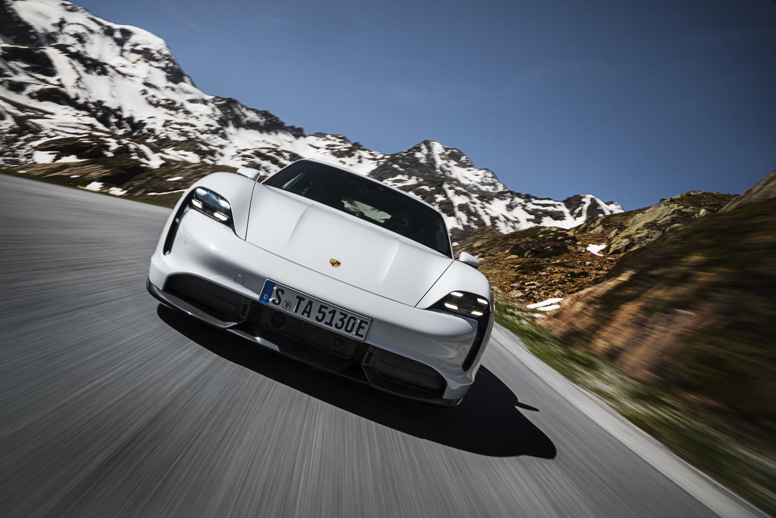 Foto de Porsche Taycan (6/21)