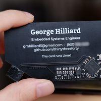 Esta tarjeta de visita es un ordenador de 3 dólares: así es el milagro de Linux y la miniaturización