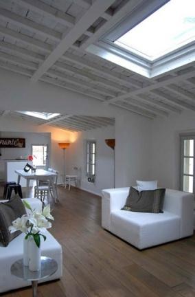 Casas que inspiran: un loft decorado con piezas antiguas