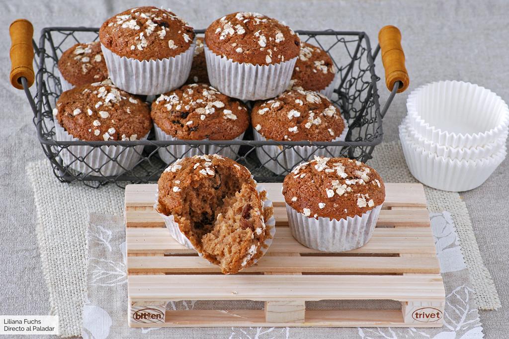 Muffins de puré de manzana y avena con leche de almendra: receta para un desayuno tierno