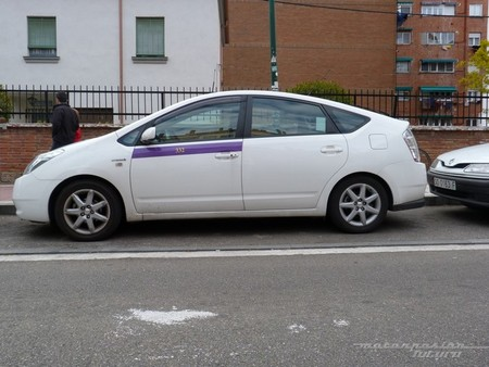 Toyota Prius 2G taxi