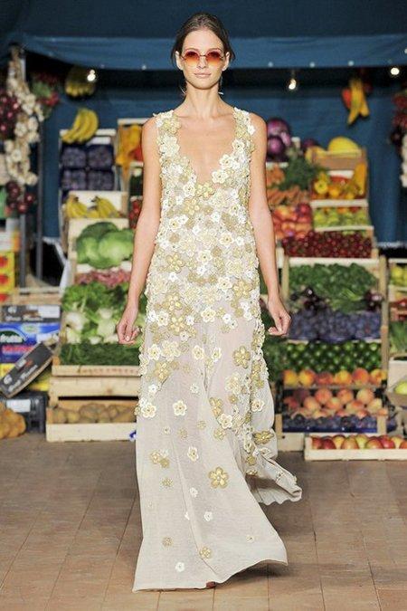 Vestido flores Moschino Cheap and Chic Primavera-Verano 2012