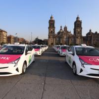 Empiezan a operar en Ciudad de México 100 taxis híbridos con WiFi, GPS y botón de pánico