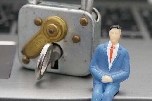 Tenemos un problema con las contraseñas en las empresas y aun no sabemos cómo resolverlo