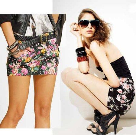 Minifaldas de flores, ¿tu próxima compra?