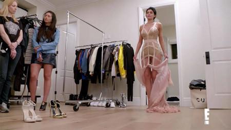 kylie jenner gala met 2017 vestido versace