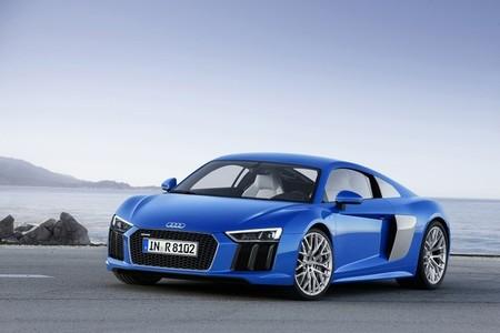 El Audi R8 e-tron se presenta en Ginebra con 450 kilómetros de autonomía