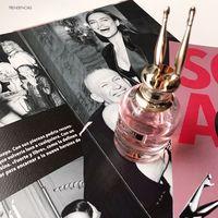 Irina Shayk debuta como embajadora del nuevo perfume Scandal A Paris de Jean Paul Gaultier (y ya lo hemos probado)