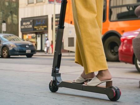 Hyundai ofrecerá como accesorio en sus coches un patinete eléctrico plegable, con 20 km de autonomía y 7,7 kg de peso