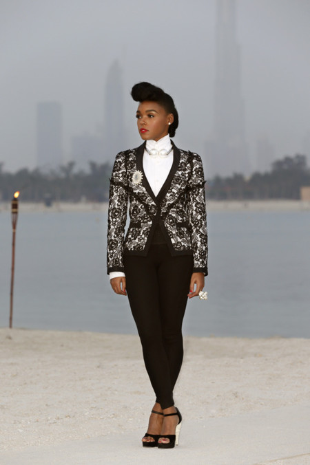 Janelle Monae Chanel crucero look