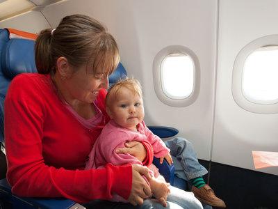 Los niños no molestan: carta abierta a quienes creen que los niños no deberían viajar en avión