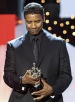 Denzel Washington recibe el premio Donostia, la imagen de la semana