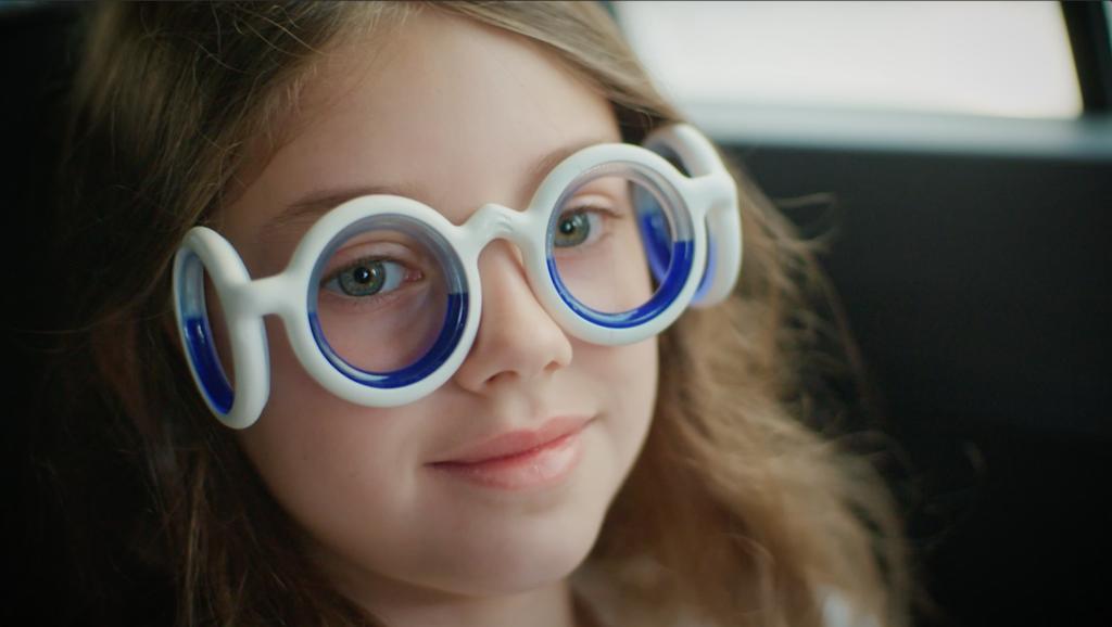 Las gafas antimareo de Citroën llegan a España: se llaman SEETROËN y cuestan 99 euros