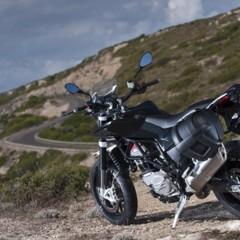 Foto 31 de 111 de la galería husqvarna-nuda-900-y-900r-datos-y-fotos-oficiales en Motorpasion Moto