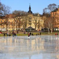 Suecia no se confinó para salvar su economía. Pero su economía se está hundiendo igualmente