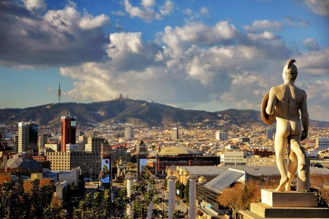 Barcelona, Montréal y Londres contra Cataluña, Québec e Inglaterra: la guerra posmoderna entre campo y ciudad