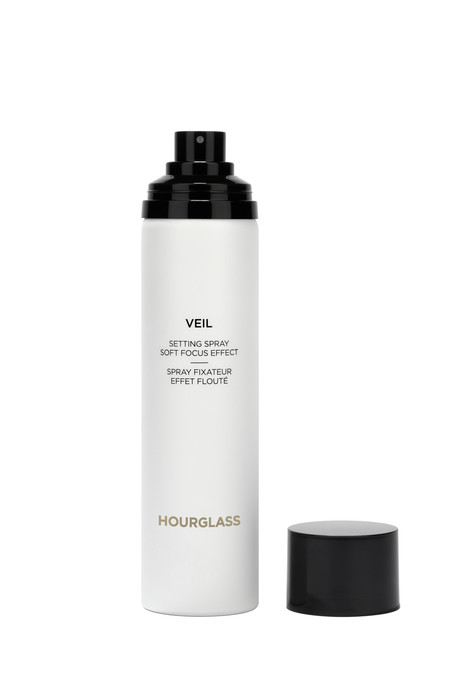 Hourglass Veil Setting Spray Open 72pp 51eur
