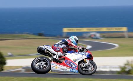 Superbikes 2012: Carlos Checa se lleva el gato al agua en el último día