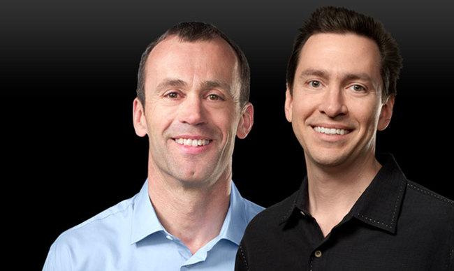 John Browett y Scott Forstall