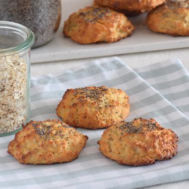 Bollitos de avena, almendra y semillas: receta saludable baja en hidratos
