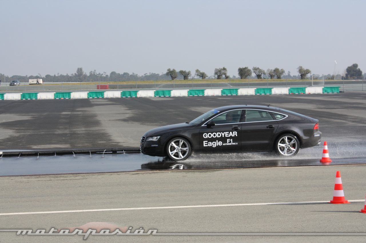 Foto de Goodyear Eagle F1: Audi TT RS, Audi A7 y Mercedes CLS (34/79)